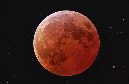 Total lunar eclipse to glow red across Australia (1)