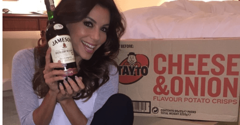 Eva Longoria got more than 100 packs of Tayto delivered to her room (1)