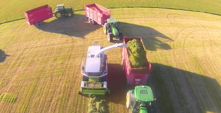 The majority of Ireland basked in summer sunshine over the weekend bringing great conditions for cutting silage. Agri-contractors Brennans of Leighlin are making silage for the Nolans of Ballower in Co. Carlow.