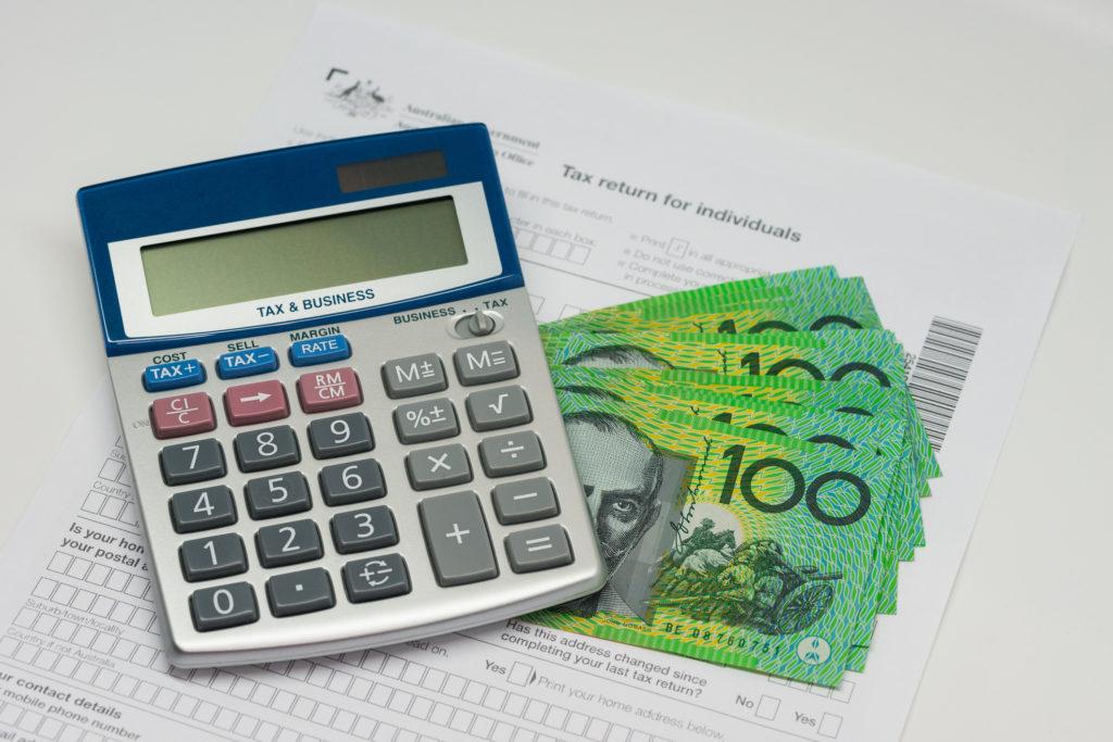 Online australian tax return and refund calculator.