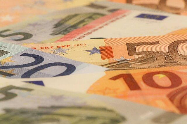 Save Money On International Money Transfers